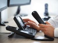 Telephone prospecting - Management contact information - Kompass